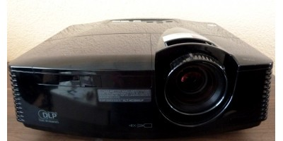 FULLHD Projector Optoma 1010 for hire